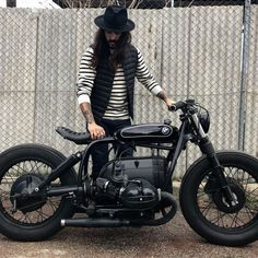 51 bmw cafe racer photography ideas - We Otomotive Info Bmw Motorcycles, Vintage Motorcycles, Custom Motorcycles, Custom Bikes, Bmw Cafe Racer, Moto Cafe, Vintage Cafe Racer, Bmw Classic Cars, Classic Bikes