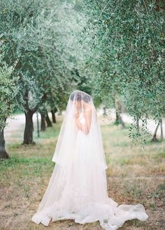 Destination Wedding Inspiration in Umbria, Italy
