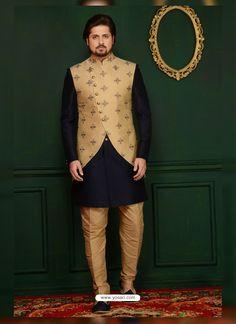 New wedding suits men waistcoat navy blue ideas Nehru Jacket For Men, Men's Waistcoat, Nehru Jackets, Kurta Pajama Men, Kurta Men, Mens Sherwani, Wedding Dress Men, Wedding Suits, Wedding Wear