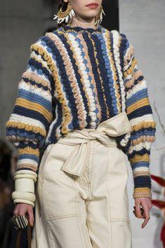 Ulla Johnson at New York Fashion Week Fall 2019 - knitwear - Knitwear Fashion, Crochet Fashion, New York Fashion, Fashion Tips For Women, Womens Fashion, Fashion Trends, Fashion Weeks, Fashion Fashion, New Yorker Mode