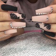 PROM IS HERE BOOK YOUR APPOINTMENT TODAY 😍✨ nailfie nailfashion nailstagram nailpro nailartclub notd nailshape nailworld nailsmag nail me good nailitdaily nailartgallery nailgames Best Acrylic Nails, Acrylic Nail Designs, Nail Art Designs, Nails Design, Perfect Nails, Gorgeous Nails, Pretty Nails, Coffin Nails Long, Long Nails