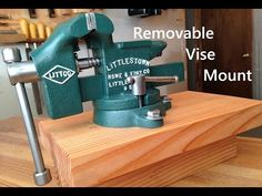This is a very easy project that anyone can do. All the materials needed for this project are of a and 3 short dowels. Workbench Vice, Garage Workbench Plans, Portable Workbench, Diy Workbench, Garage Tools, Garage Shop, Garage Workshop, Woodworking Bench For Sale, Woodworking Workbench