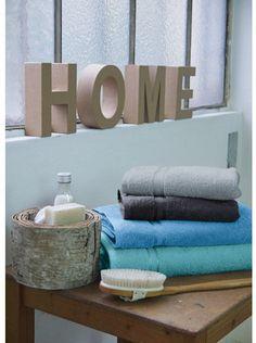 Ručníky z řady Ma Belle od značky Framsohn! Vynikající zpracování výhradně z bavlny. Měkké ručníky hustého vlasu a zářivých barev