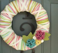Yarn Wreath Felt Handmade Door Decoration - Candy Mix