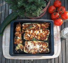Gefüllte Zucchini mit Hackfleisch und Feta