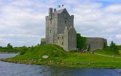 .: Paisagens bucólicas e herança celta fazem da viagem à Irlanda palco ideal para sessões de pintura em aquarela