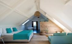 Bed & Breakfast in the Netherlands. Spend the night at a B&B and enjoy a unique experience in the best locations in Holland. Bungalow Renovation, Attic Renovation, Attic Remodel, Loft Conversion Bedroom, Attic Master Bedroom, Barn Bedrooms, Loft Room, Attic Spaces, Home Decor Furniture
