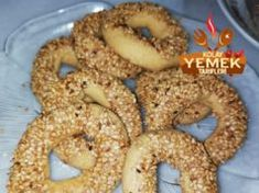 Kandil Simidi Tarifi Bagel, Caramel, Bread, Food, Sticky Toffee, Candy, Eten, Bakeries, Meals
