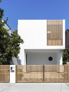 Gallery of Cloud House / Akin Atelier - 3 - Home Architecture ideas Facade Design, Fence Design, Exterior Design, Minimalist Architecture, Interior Architecture, Australian Architecture, Residential Architecture, Modern House Design, Building A House