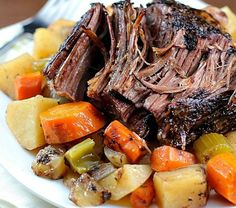 This Crock Pot Roast with Vegetables is a family favorite Sunday dinner! The meat is SO tender and delicious! This is a must-make slow cooker meal! Pot Roast Recipes, Healthy Crockpot Recipes, Slow Cooker Recipes, Beef Recipes, Top Recipes, Dinner Recipes, Cooking Recipes, Crockpot Meals, Healthy Meals