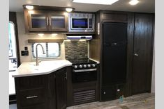 New 2018 Forest River RV Cherokee Travel Trailer Kitchen Cabinets, Kitchen Appliances, Forest River Rv, Campers For Sale, Big Daddy, Caravans, Cherokee, London, Travel