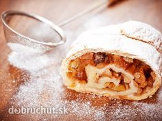 Pia shares her best Apple Strudel recipe. Find clean eating recipes here. Breakfast Items, Breakfast Recipes, Dessert Recipes, Strudel Recipes, Dessert Boxes, Apple Strudel, Italian Christmas, Cinnamon Apples, Clean Eating Recipes