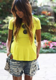 Super How To Wear Converse With Shorts Sincerely Jules 18 Ideas Look Short Jeans, Mellow Yellow, Yellow Top, Bright Yellow, Summer Looks, Dress Me Up, Spring Summer Fashion, Dress To Impress, Fashion Beauty
