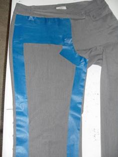 Using painter's tape to copy RTW clothing you already have - v. clever! From: http://cheapandpicky.blogspot.co.uk/2009/06/another-use-for-painters-tape.html