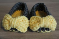Baby Girl Crochet Ballerinas with Bow Size by MucaBoutiqueVanCity, $16.00
