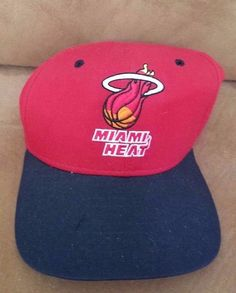 detailed pictures 097ed b05c2 Miami Heat Hat Script New Era snapback Cap Red Black NBA