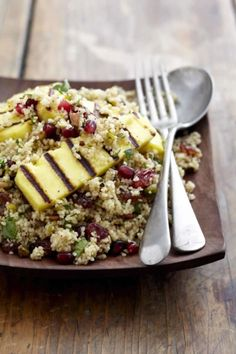 Moroccan Style Couscous Salad with Grilled Halloumi recipe with NOMU Vegetable Fond Paella, Vinaigrette, South African Recipes, Ethnic Recipes, Grilled Halloumi, Arabian Food, Couscous Salad, Most Delicious Recipe, Winter Food