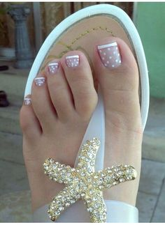 Ready To Wear Sandals? Here Some Beautiful Toe Nails Designs!!!