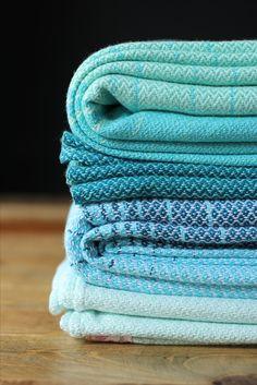 MADALO - Mar Verde and Mar Blanco - itsmadalo - handwoven wrap - baby wearing - babywearing - wrap - baby wrap