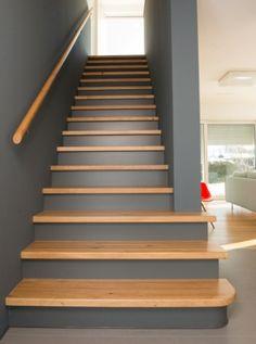 Bildergebnis für bunte treppenhäuser...