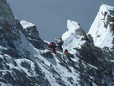 Everest - Traversing near Mushroom Rock