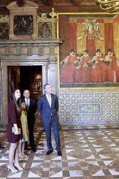Con las Falleras Mayores de Valencia, Estefanía López y María Donderis