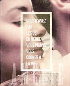 """les mots toujours sentent meilleure en francais   """" the words always sound better in french"""""""