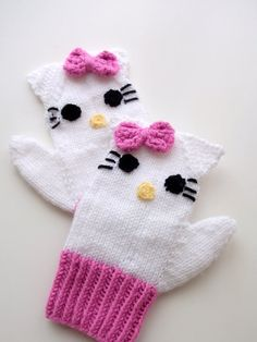This item is unavailable Knitting Kitty Mitten-Knitting Kitty gloves-for girl Baby or Toddler-kids mittens Crochet Mittens, Crochet Baby Hats, Knitted Gloves, Baby Mittens, Crochet Slippers, Knitting Projects, Knitting Patterns, Baby Vest, Baby Accessories