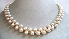 STUNNING VINTAGE ESTATE GOLD TONE FAUX PEARL SIGNED AVON NECKLACE!!! 4608Y