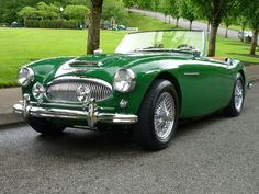 1962 Austin Healey Tri Carb Roadster MKII 4 The Silodrome Selection. Holy, moly, my dream car! Classic Sports Cars, British Sports Cars, Classic Cars, Vintage Cars, Antique Cars, Vintage Signs, Porsche Autos, Porsche 911, Auto Retro