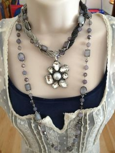 New combos: Shadows Necklace separated, short piece wrapped with Manhattan, added Petal Pusher Enhancer