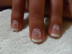 I love the length & design of these nails! I don't do long nails too well.