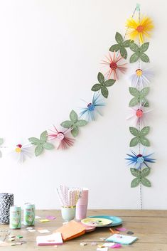 Paper Flower Garland DIY: 14 DIY Paper Flower Tutorials for Your Home Decoration. Paper Flower Garland DIY: 14 DIY Paper Flower Tutorials for Your Home Decoration. Perfect for baby Paper Flower Garlands, Paper Flower Decor, Flower Crafts, Diy Flowers, Flower Decorations, Paper Flowers, Diy Decoration, Paper Decorations, Spring Flowers