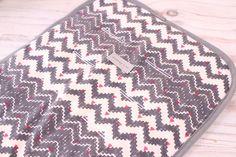 Pram Liner - Linen Grey Zig Zag