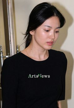 Her beauty is evergreen Korean Beauty, Indian Beauty, My Beauty, Beauty Women, Song Hye Kyo Style, Evergreen Songs, Celebrity Beauty, Korean Celebrities, Korean Actresses