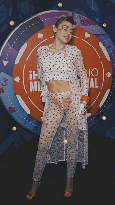 Miley Cyrus New Song Music Malibu Audio Billboard Hannah Montana Bad Mood Live SNL The Voice Younger Now Wallpaper Converse We Can't Stop Bangerz hd Miley Cyrus Pictures, Celine, Miley Cyrus News, Lgbt, Intelligent Women, Pantyhose Outfits, Hannah Montana, Pop Fashion, Fashion Beauty