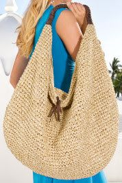 C Style+Design: Summer Handbags.Woven Fabrics, Neutral Colors C Style+Design: Summer Handbags.Woven Fabrics, Neutral Colors Record of Knitting String rotating, weaving and stitchin. Crochet Handbags, Crochet Purses, Crochet Bags, Summer Handbags, Purses And Handbags, Straw Tote, Beach Tote Bags, Cute Bags, Knitted Bags