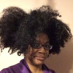 This AM hair ….  #hairstory #texture #nappy #curly #coily #curls #fro #wavy #natural #naturals #kinks #coils #spirals  #hairtype #gotfrizz #mane #hair  #knots #kinky #naturalhair