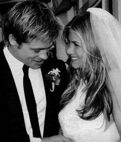 Jennifer Aniston & Brad Pitt at their Malibu wedding, July 2000.
