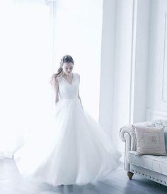 No. DBW-018 –エアリーなバックスタイルで「綺麗シルエット」を。ガーデンウェディング、二次会ドレスとしても。 Bridal, Wedding Dresses, Fashion, Bride Dresses, Moda, Bridal Gowns, Fashion Styles, Weeding Dresses, Wedding Dressses