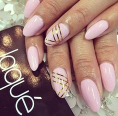 Oval Nail Shape Gold stripes