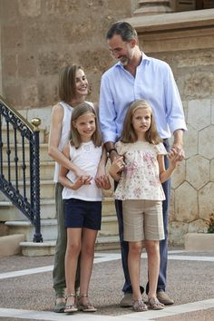Pin for Later: You'll Be Obsessed With These Adorable Pictures of the Spanish Royal Family