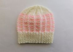 Ravelry: Duet Baby Hat pattern by marianna mel Baby Hats Knitting, Free Knitting, Knitted Hats, Baby Hat Patterns, Baby Knitting Patterns, Ravelry, Free Pattern, Colours, Projects