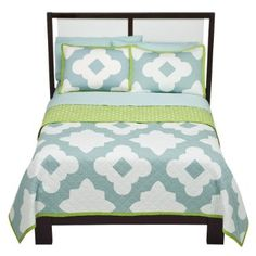 I want a coverlet for our new bedroom.  This isn't quite it, but something like this.