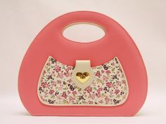 Sweet & Sensitive Colour Block Retro Handbag by babushkajewelry Love this! So cute!