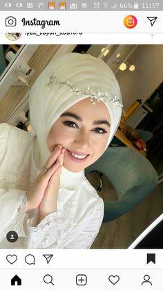 Muslimah Wedding Dress, Hijab Style Dress, Muslim Wedding Dresses, Muslim Brides, Wedding Hijab, Muslim Dress, Muslim Girls, Wedding Wear, Wedding Bride