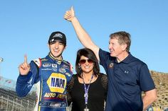 Chase Elliott celebrates as he becomes the youngest NASCAR national series champion in history. Chase Elliott Nascar, Jr Motorsports, Nascar Champions, Bill Elliott, Nascar News, Kyle Busch, Dale Earnhardt Jr, Father And Son, Videos