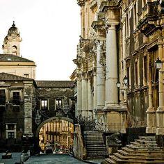 Catania - via Crociferi
