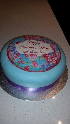 Marble effect Mother's Day cake.