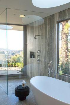 20 Sleek Minimalist Bathrooms - Inspiration